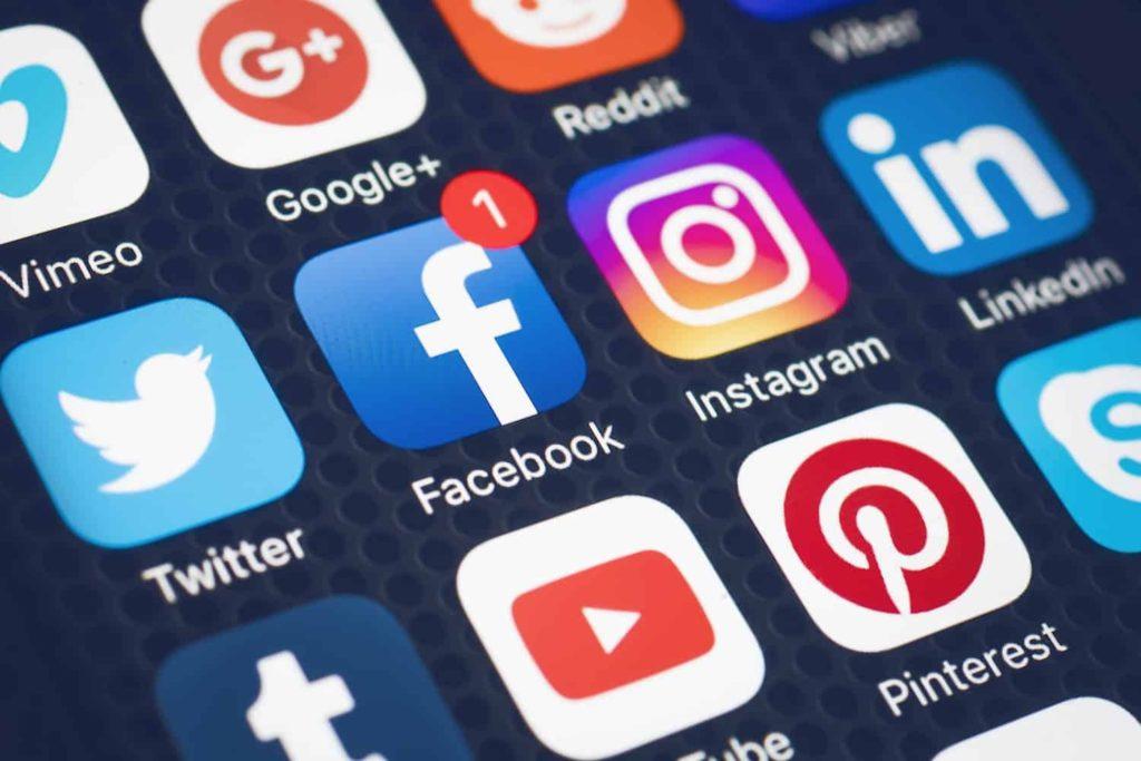 Apprendre une langue réseaux sociaux